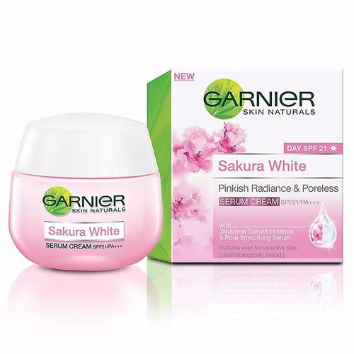 Kem Dưỡng Trắng Da Ban Ngày Garnier Sakura White SPF 30 50ml Thái Lan