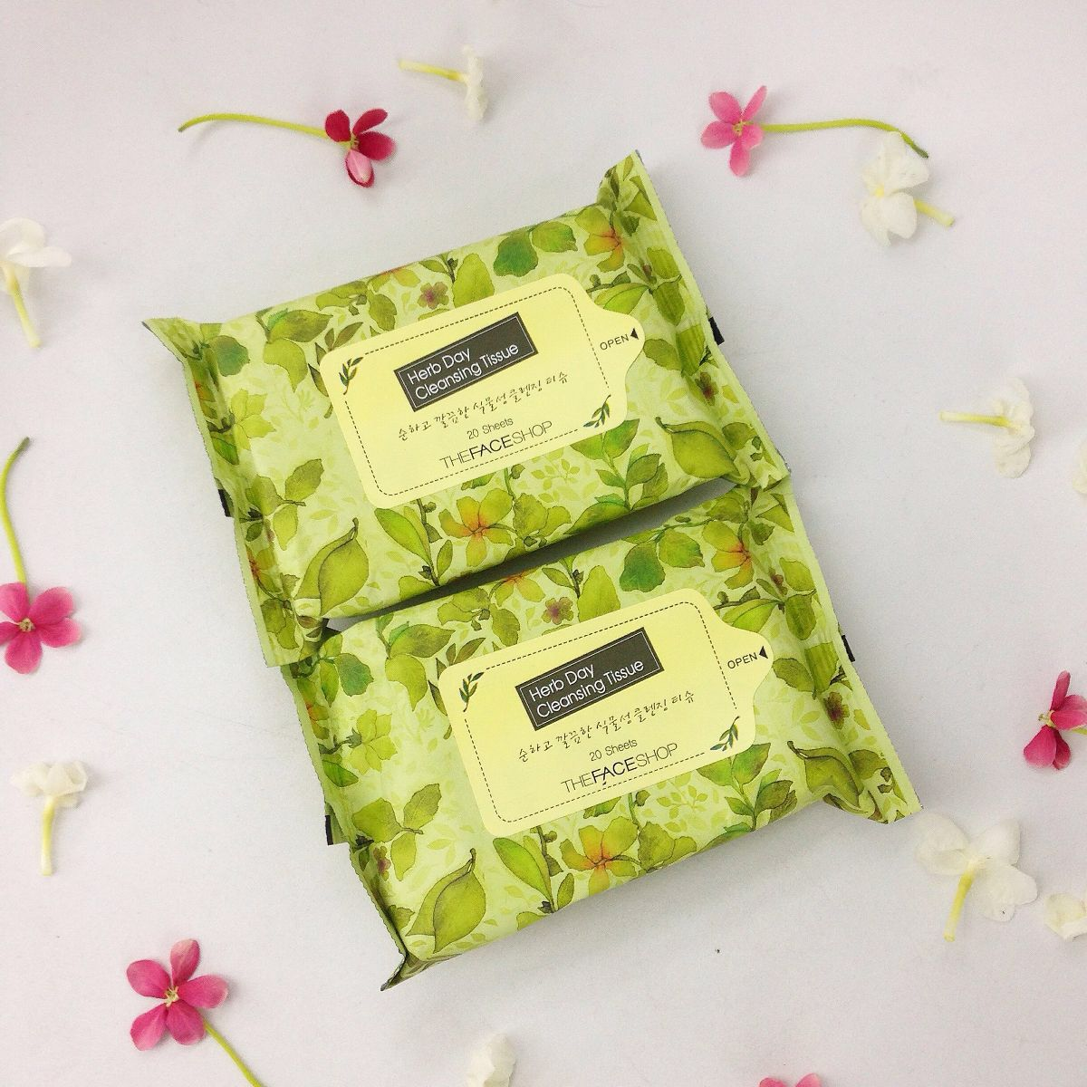 kem-bb-cream-cc-cream-giay-tay-trang-the-face-shop-herb-day-cleansing-tissue-1106