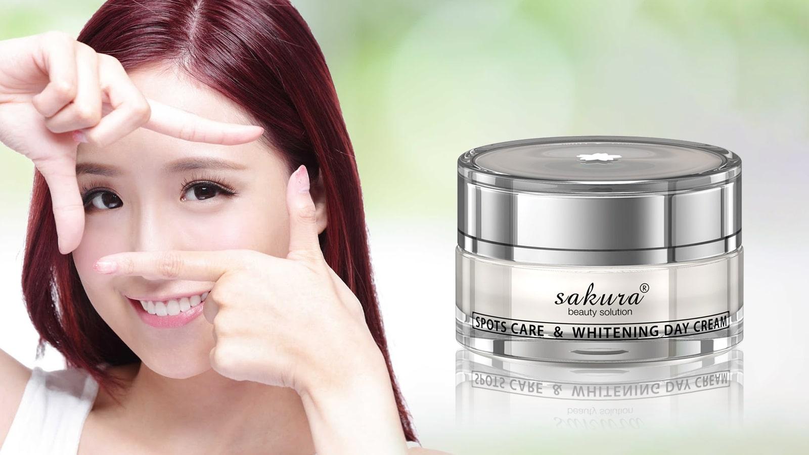 kem-duong-trang-da-kem-duong-trang-da-tri-nam-ban-ngay-sakura-spots-care-whitening-day-cream-856